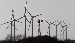 Flat Ridge 2 Wind Farm, Travis Heying / The Wichita Eagle