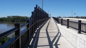 The Missouri River Bridge provides a dedicated lane for cyclists and pedestrians.